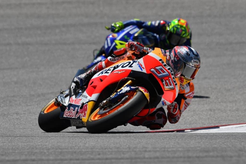 Ordine di arrivo MotoGP Malesia 2018: Rossi cade a giri dalla fine, vince Marquez