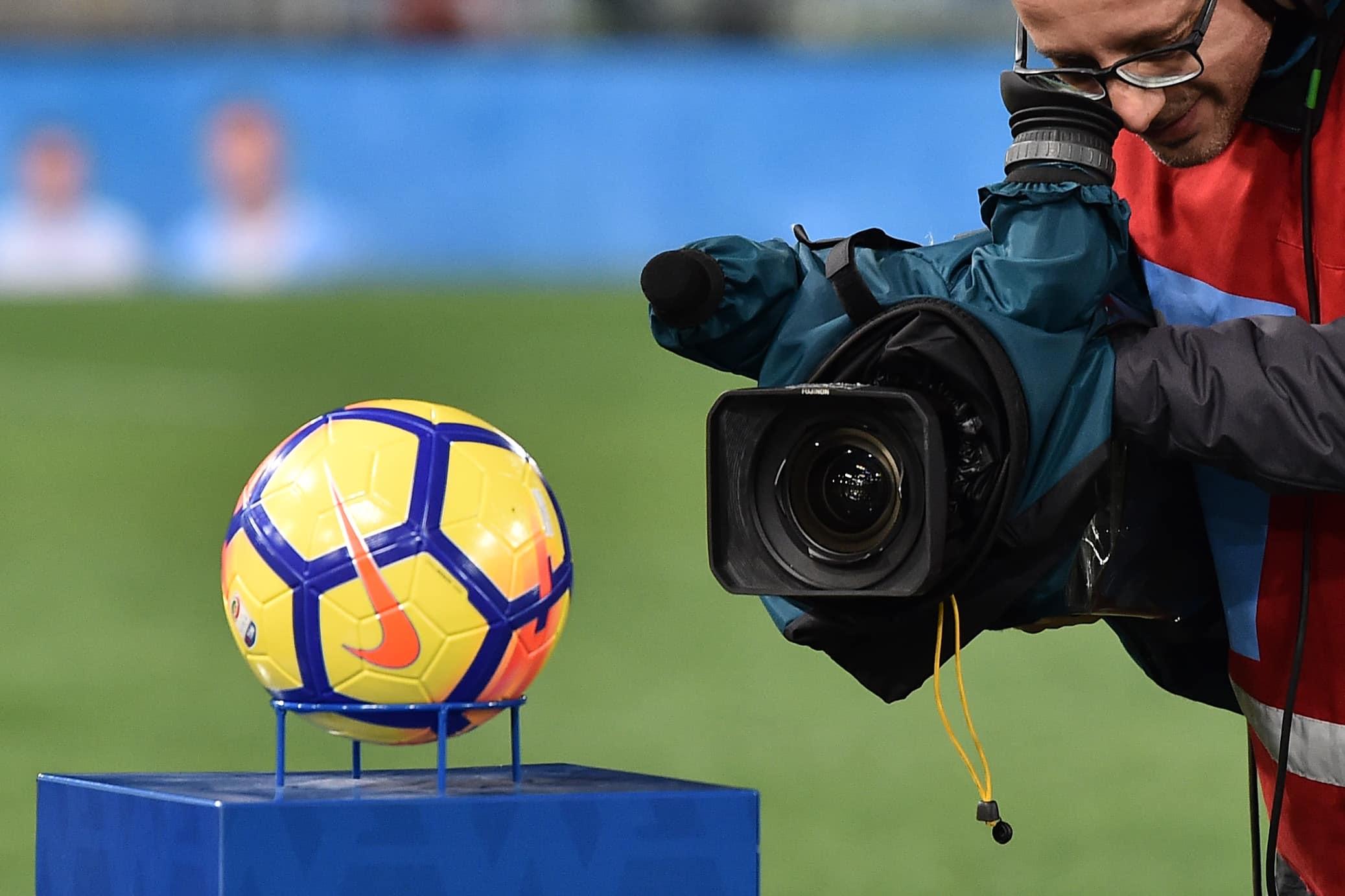 Pescara Camera Live : Pescara lecce ultimi minuti live gol del sole live stadio
