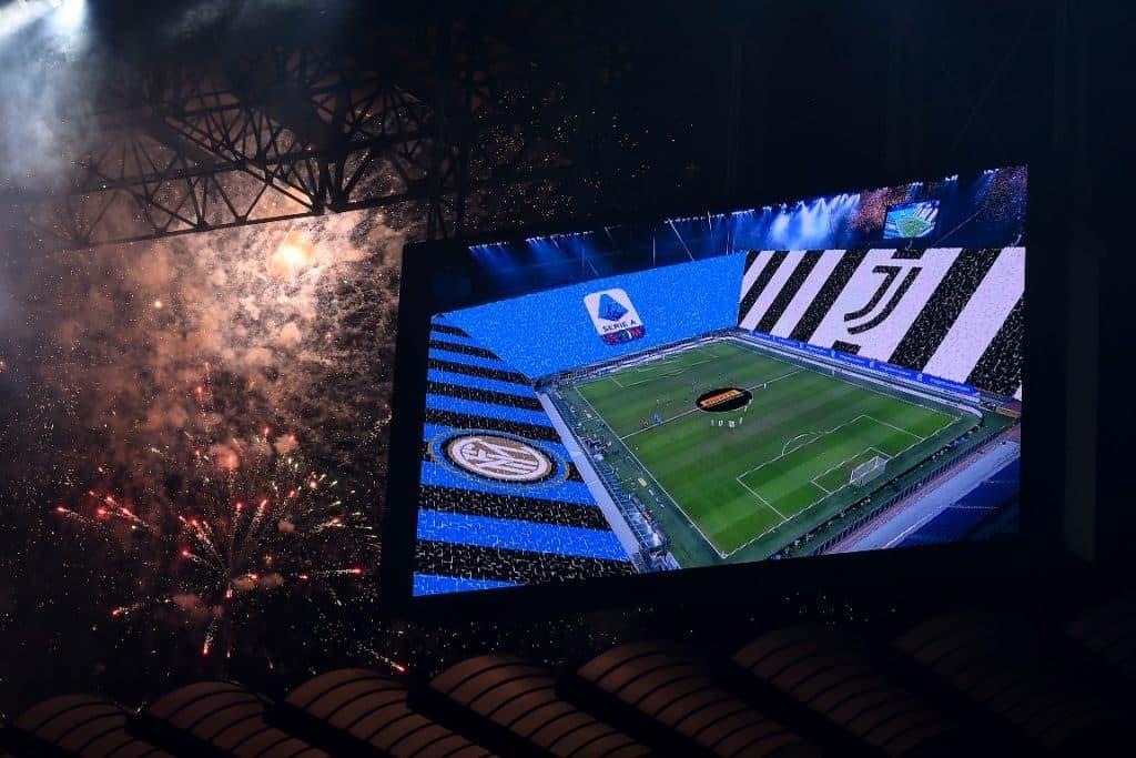 fuochi artificio prima di Inter-Juventus