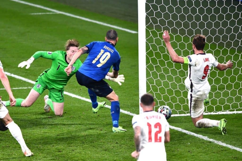 gol Bonucci, Inghilterra-Italia