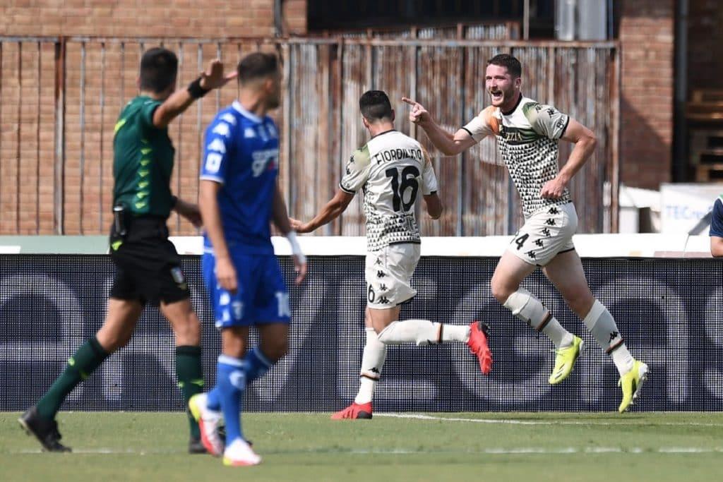 esultanza gol Henry, Empoli-Venezia